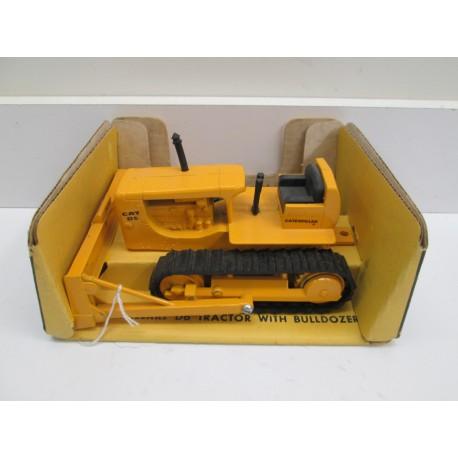 ERTL D6 BUBBLE BOX